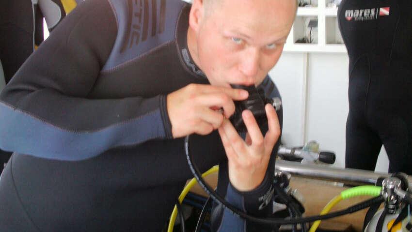 Przygotowanie do nurkowania w Egipcie