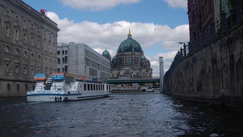 Wpłynęliśmy do Berlina