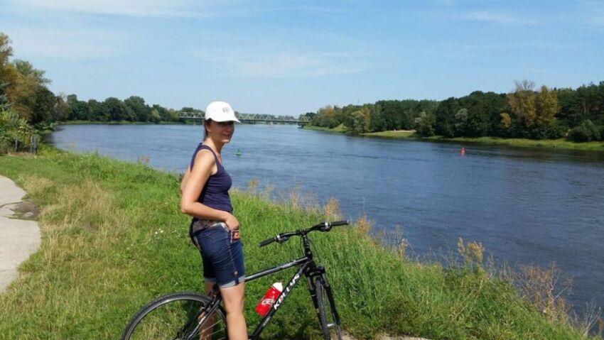 Jedziemy rowerami wzdłuż Odry